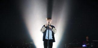 Troye Sivan participa de sessão ao vivo da Vevo