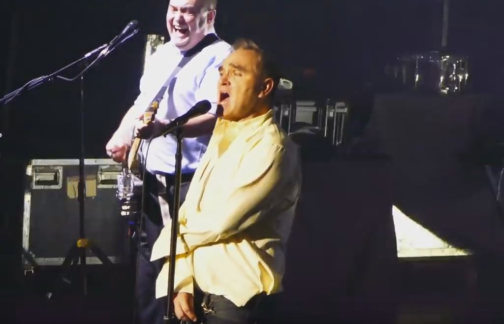 Morrissey canta Ramones