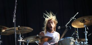 Chevy Metal (Foo Fighters) no Riot Fest 2016