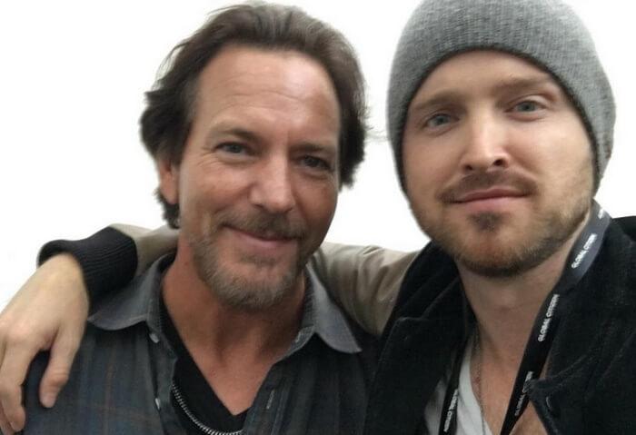 Eddie Vedder e Aaron Paul