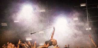 "Lady Gaga vira roqueira no clipe de ""Perfect Illusion""; assista"