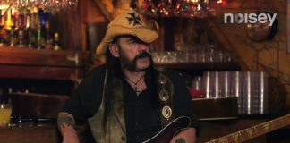 Lemmy Kilmister no Guitar Moves