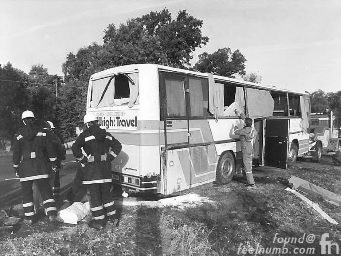 Ônibus do Metallica após acidente