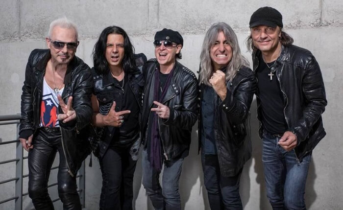 Scorpions com Mikkey Dee