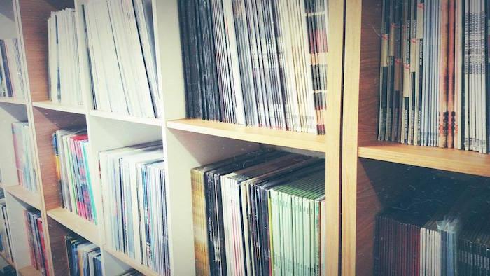 Discos de vinil na Hearts Bleed Blue