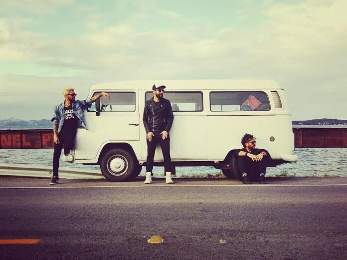 Banda John viaja de Kombi por 5 estados divulgando EP