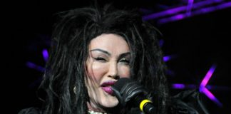 Vocalista do Dead or Alive, Pete Burns, morre aos 57 anos