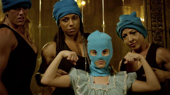 Pussy Riot lança videoclipe de