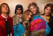 The Flaming Lips anuncia novo disco e libera prévia de single