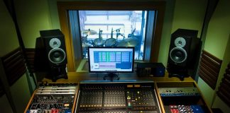 EAEO Records lança edital que premia bandas com gravação de vinil