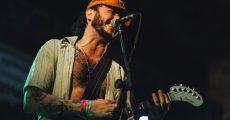 Conjunto de Música Jovem Merda no Festival Dosol