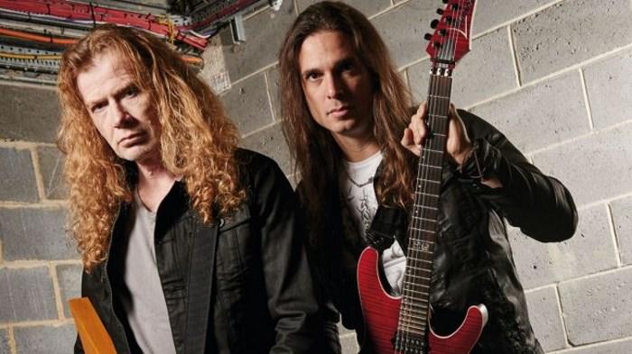 Dave Mustaine e Kiko Loureiro, do Megadeth