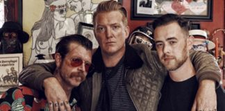 Eagles Of Death Metal e Colin Hanks