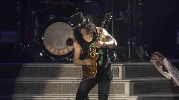 Guns N' Roses promete novidades para 2017