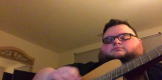 Jon Sudano toca Oasis