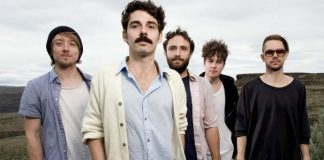Local Natives faz cover de Kanye West