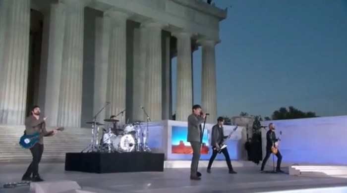 3 Doors Down no Lincoln Memorial em festa de Donald Trump