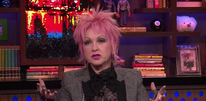 Cyndi Lauper em entrevista