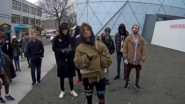 Jaden Smith no protesto de Shia LaBeouf
