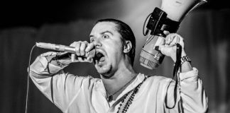 Mike Patton em 2012