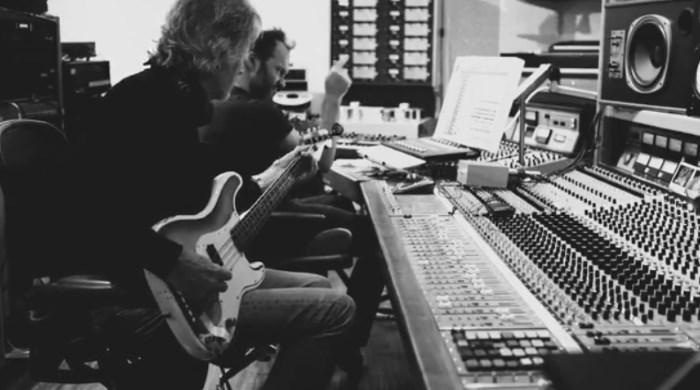 Roger Waters em estúdio com Nigel Godrich