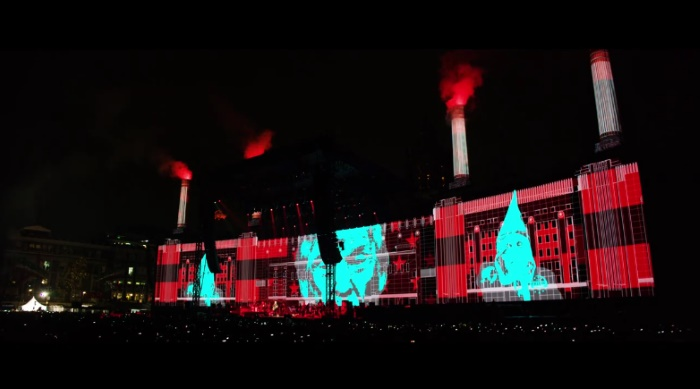Roger Waters toca Pigs no México