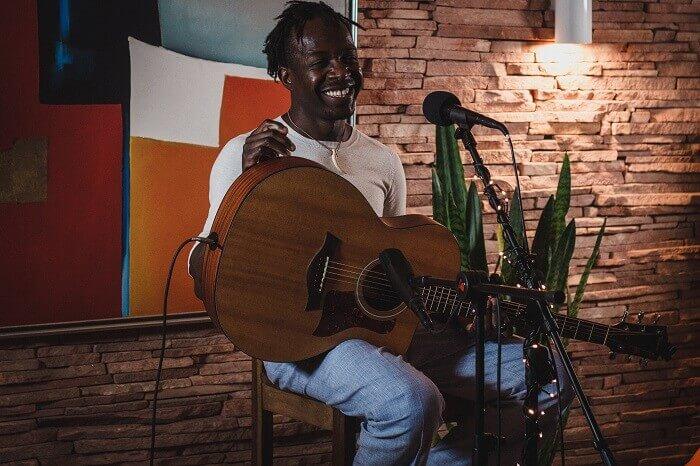 SOFAR SOUNDS libera coletânea de artistas de Curitiba e convidados