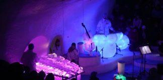 Ice Play, banda que toca com instrumentos de gelo
