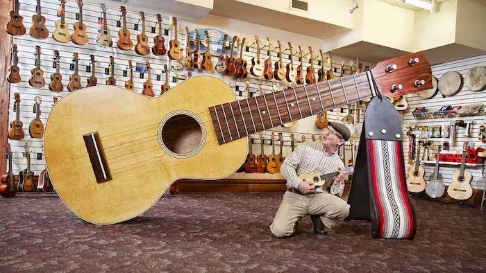 Maior ukulele do mundo