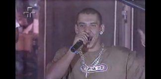 Rodolfo, do Raimundos, com camiseta do CPM no Musikaos