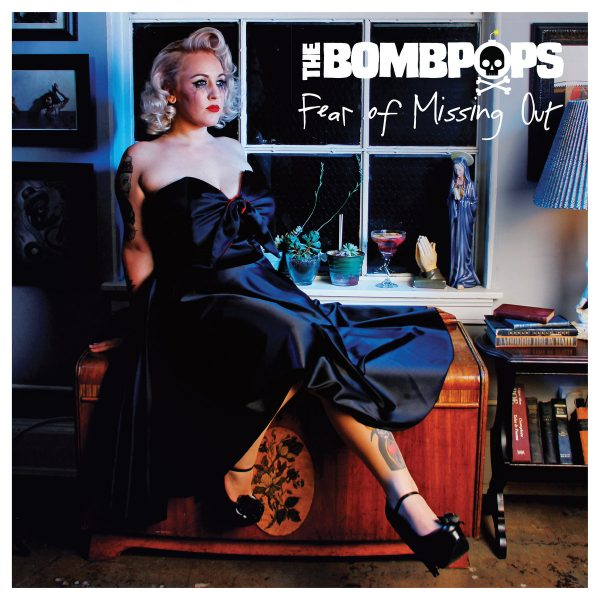 "capa do disco ""fear of missing out"" do bombpops"
