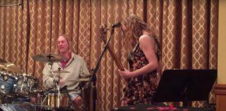 Tool: Danny Carey toca música da banda com vários músicos jovens; assista