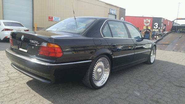 BMW onde Tupac foi morto