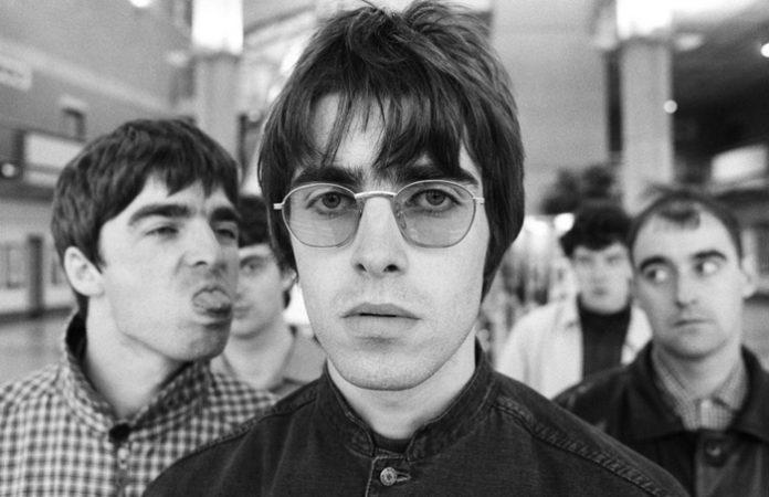 Oasis (Liam e Noel Gallagher)