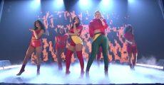 Anitta e Iggy Azalea no programa de Jimmy Fallon