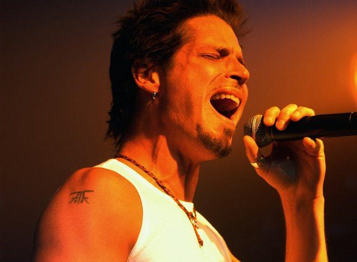Chris Cornell com o Audioslave em 2003