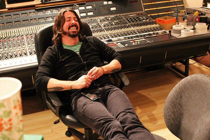 Dave Grohl no estúdio