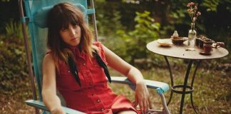 Melody's Echo Chamber cancela turnê após sofrer grave acidente