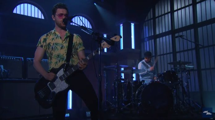 Royal Blood no programa de Seth Meyers