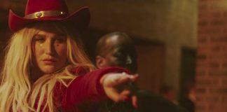 Kesha com Dap-Kings - Woman