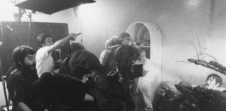 Tobe Hooper e Steven Spielberg dirigindo Poltergeist
