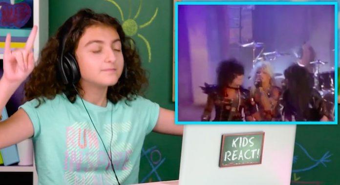 Crianças reagem ao Mötley Crüe