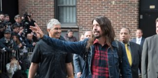 Dave Grohl com o Foo Fighters