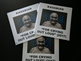 """""""For Crying Out Loud"""", do Kasabian, em vinil"""