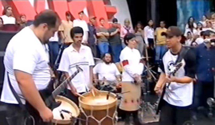 Raimundos no Dia Mundial do Rock em 1999