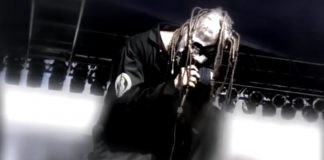 "Slipknot no clipe de ""Wait And Bleeed"""
