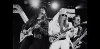 Weezer a la Guns N' Roses