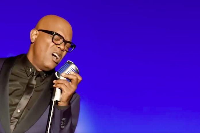 Samuel L. Jackson cantando em comercial