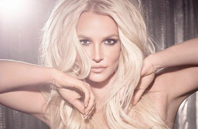 Fãs criam petição para substituir monumentos confederados por estátuas de Britney Spears