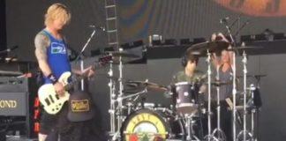 Filho de Slash toca bateria com o Guns N' Roses